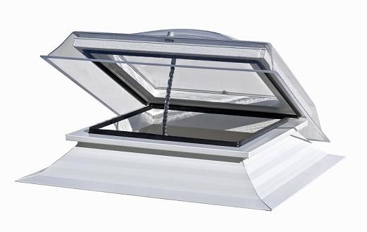 nouveau produit b timent lanterhome nouvelle fen tre coupole pour toitures terrasses le blog. Black Bedroom Furniture Sets. Home Design Ideas
